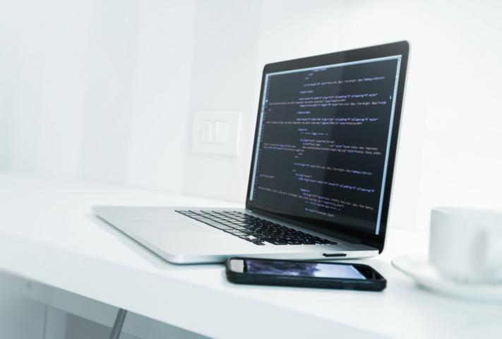 איך לבחור שירות בניית אתרים מקצועי לעסק שלך?